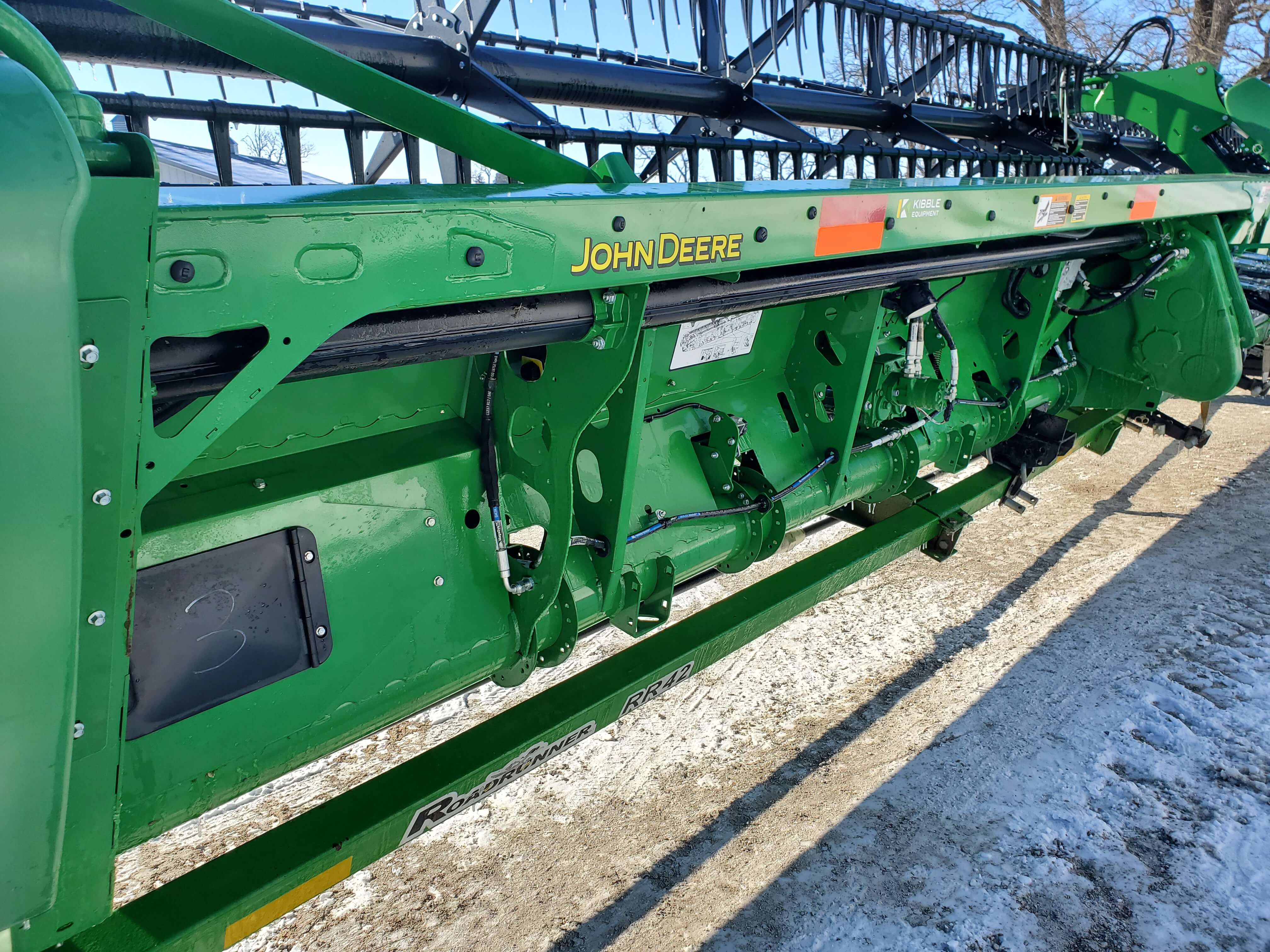 Photo Gallery Images for JOHN DEERE 740FD PLATFORM